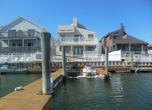 WATER FRONT Condo in Wildwood ON THE BAY with BOAT SLIP!
