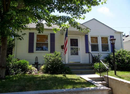 Picture Perfect, two BR, central air, Ocean Grove cottage
