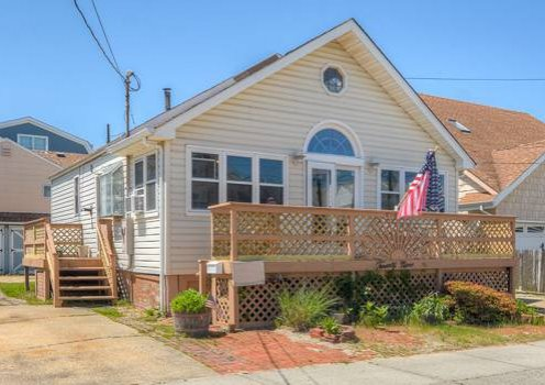 SEPT WEEKS - Beautiful House in Fantastic Location-Seaside Park, NJ
