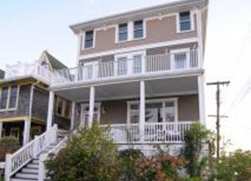 Available Aug 8 -15 - BEACH BLOCK BRING THE FAMILY (END of AUG TOO!)