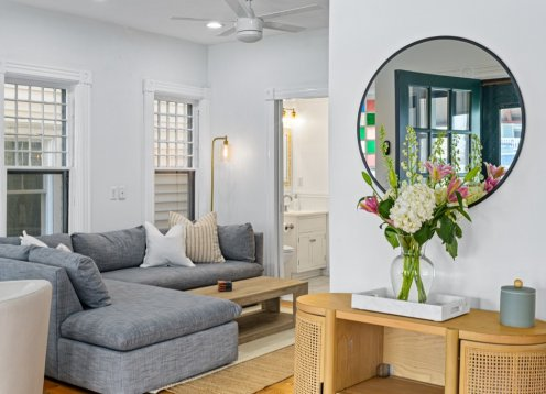 Newly Renovated 8 Bedroom Victorian -- Steps to Beach